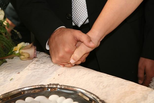 Γαμος ... Η άρμοση των χεριών