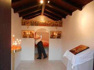 ξωκκλησι του Αγιου Γεωργιου στο κτημα δεξιωσεων Carpe Diem στην Πάρνηθα