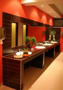 τουαλετες σε αιθουσα δεξιωσεων